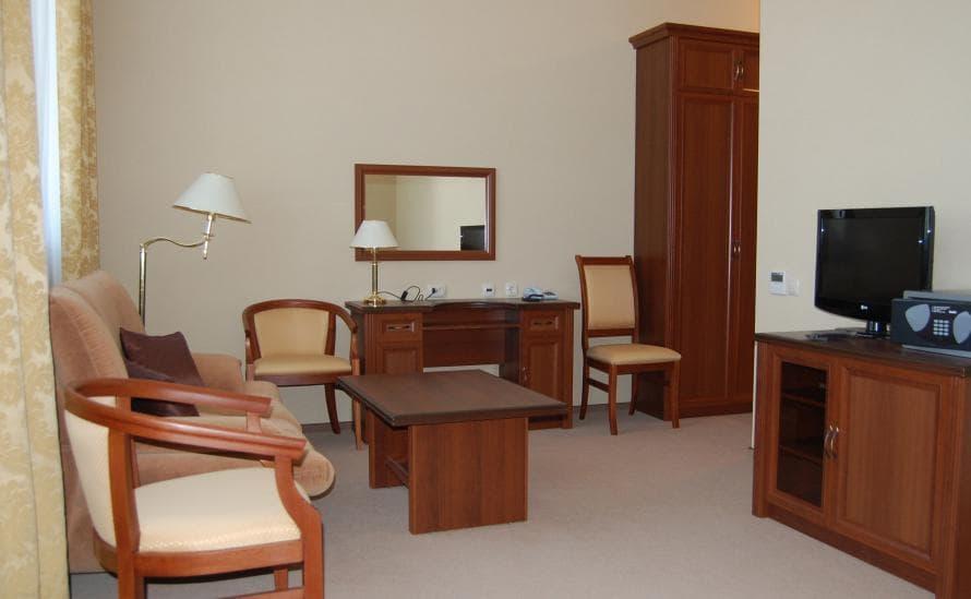 Мебель в номере STUDIO отеля HELIOPARK Residence